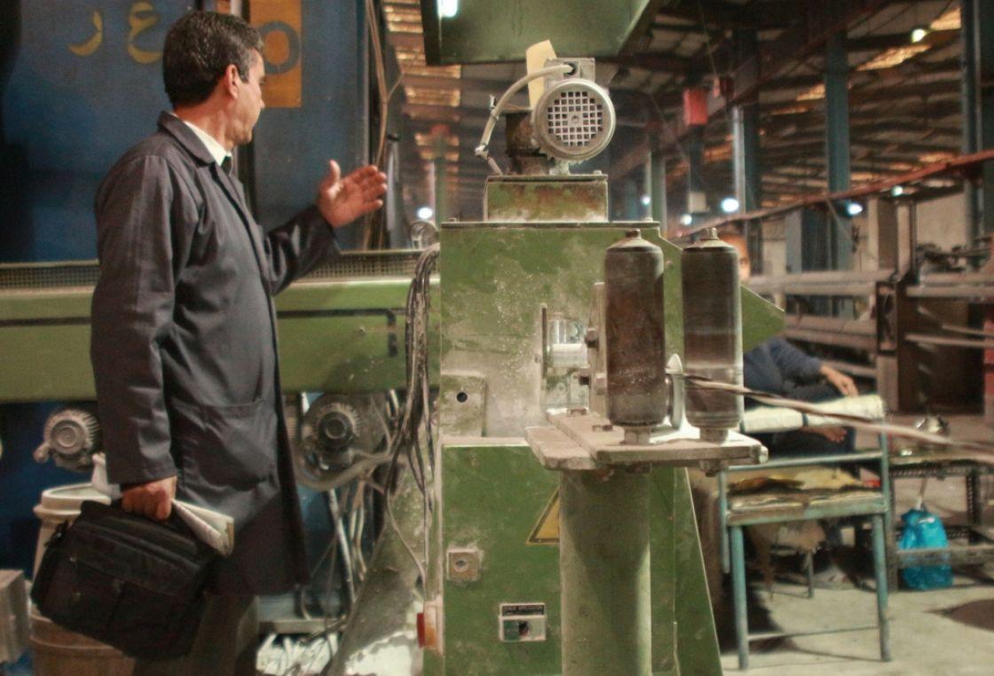 للعمالي لم يسبق له مثيل الصور + E-FRONTA.INFO