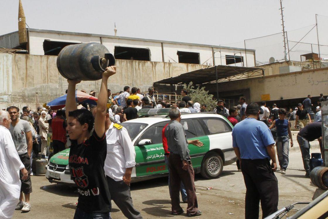 افتتاحية قاسيون 992: أزمات السوريين إنسانية وسياسية..
